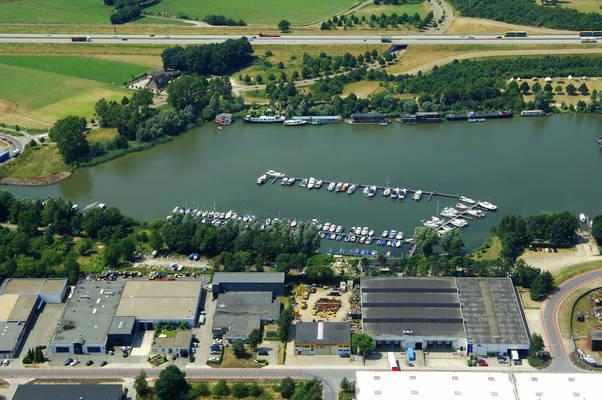 Kraaijenbergse Watersport Marina