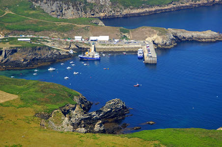 Ouessant Ferry