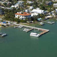 McCarthy's Marina & Cottages