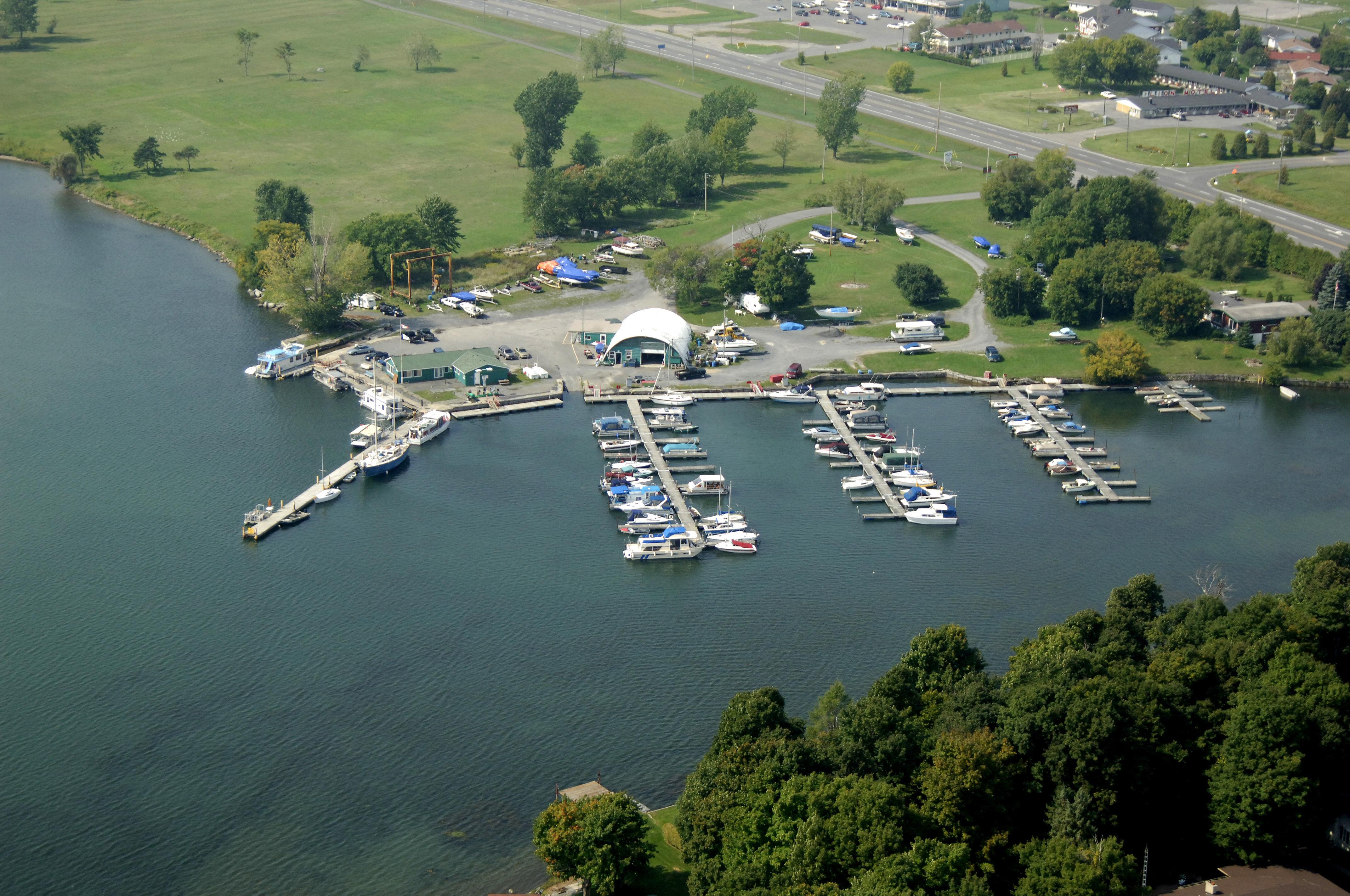 Long Sault Marina in Long Sault, ON, Canada - Marina Reviews