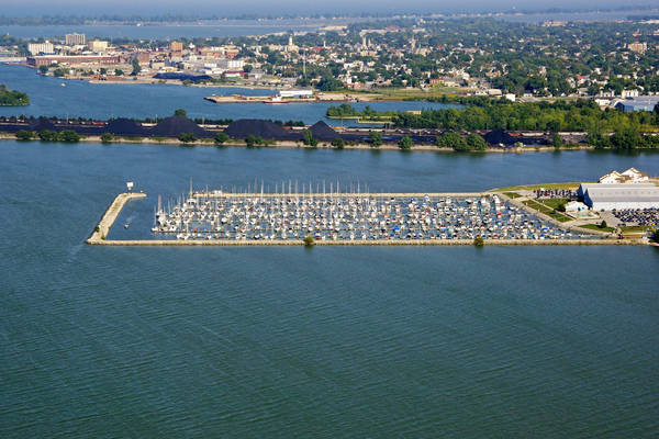 Safe Harbor | Sandusky Harbor Marina