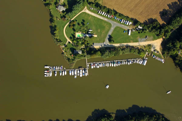 Kennersley Point Marina