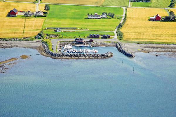 Esvikgrunnen Yacht Harbour