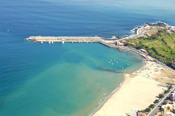 Giardini Naxos Marina