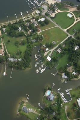 Little Snug Harbor Marina