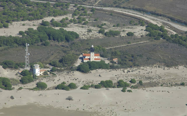 Espiguette Lighthouse