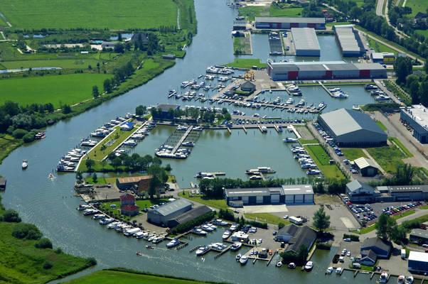 Roukema Yacht Harbour