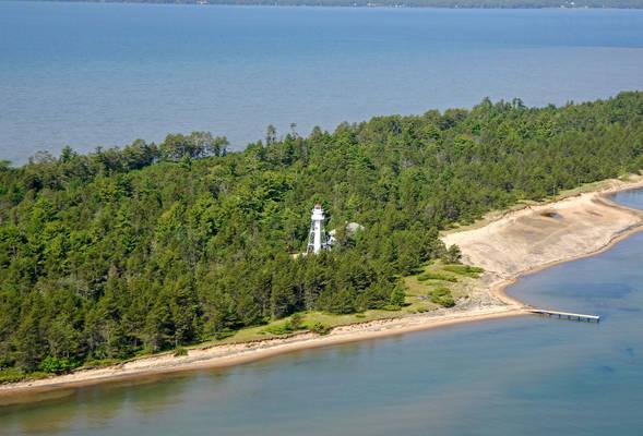 La Pointe Light ( Long Island Light)
