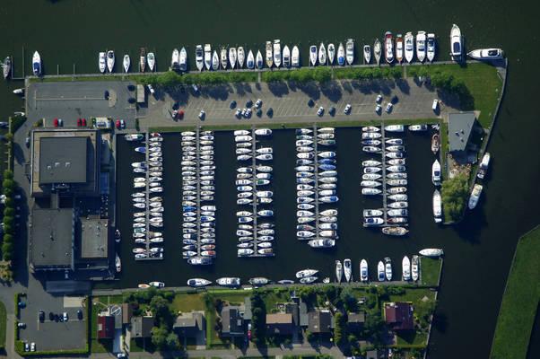 Iselmar Yacht Harbour