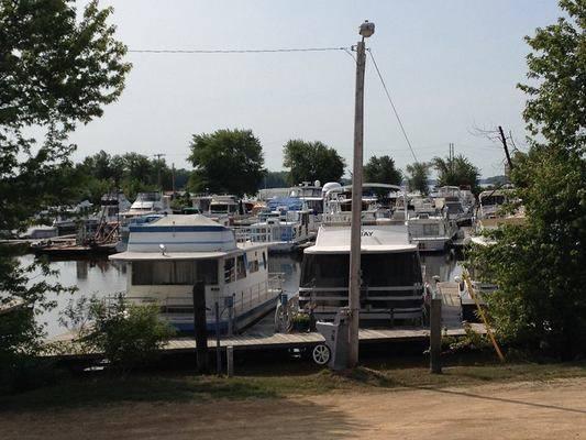 Island City Harbor