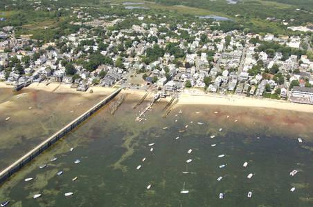 Flyer's Moorings, Boat Shop & Rental