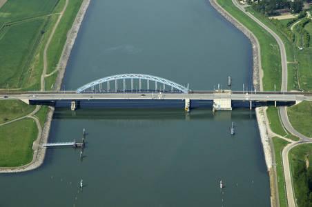 Zuid Beveland Canal Bridge
