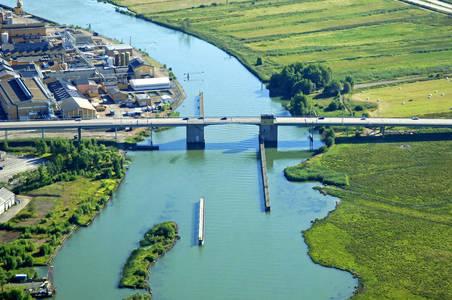 Jorfallsbron Bridge