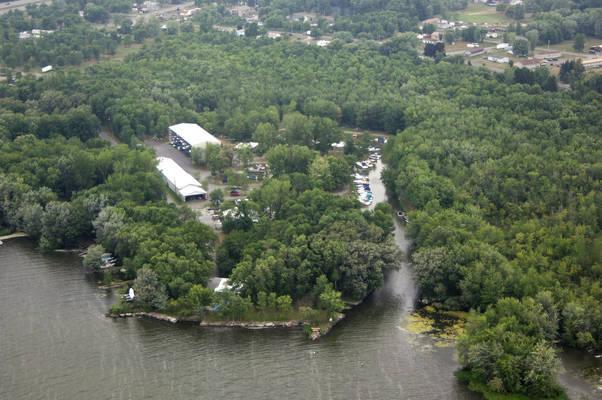 Bradbury's Boatel Marina