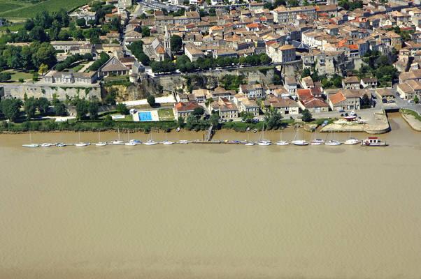 Bourg Sur Gironde Marina