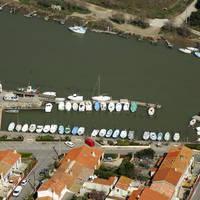 Les Cabanes De Fleury Marina
