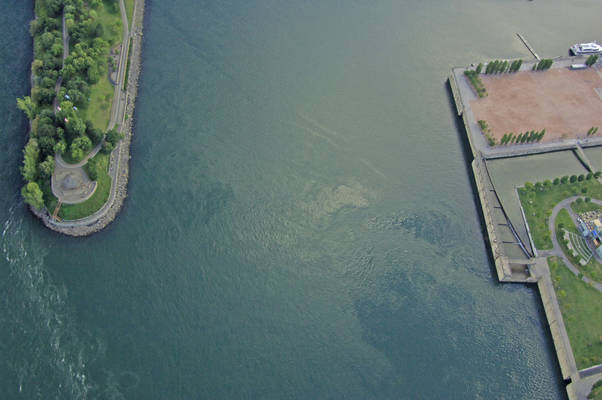 Canal De Lachine North Inlet
