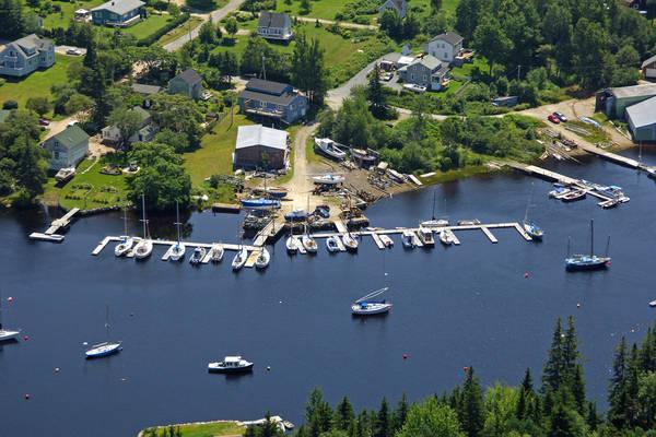 Heisler's Boat Yard