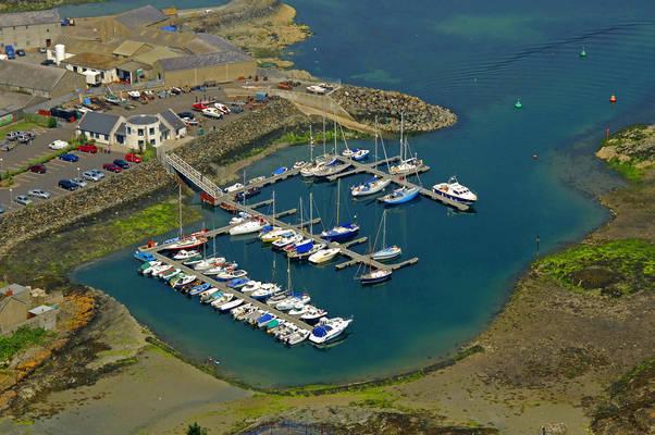 Phennik Cove Marina