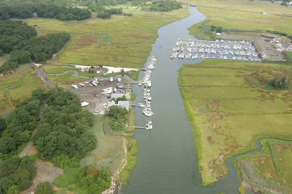 Brown's Boat Yard