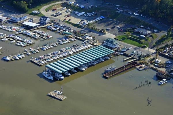 Hampton's Landing Marina