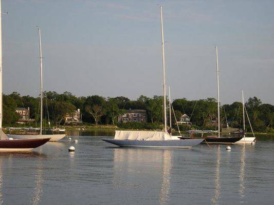Fishers Island Yacht Club
