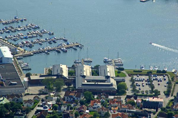 Stenungsund Gasthamn Yacht Harbour