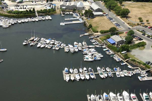 Marina Bay Docking