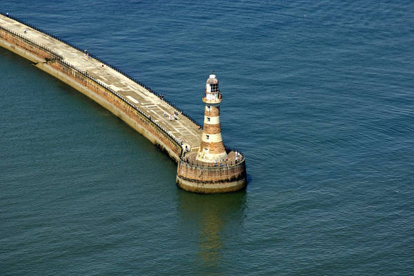 Roker Pier Lighthouse