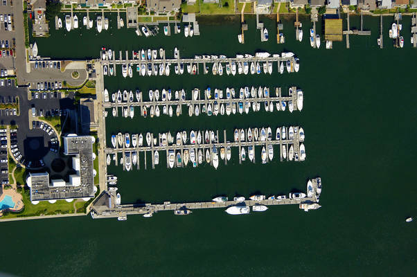 Seapath Yacht Club