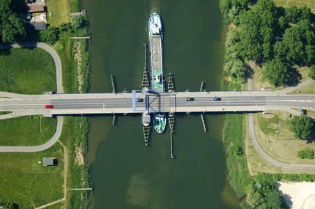 Elburgerweg Bridge