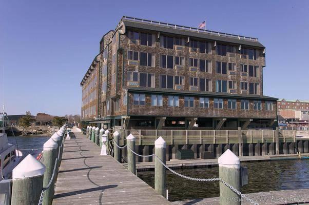 Long Wharf Marina