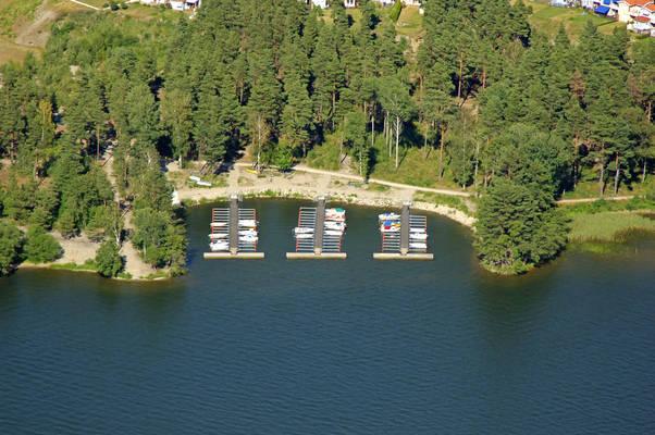 Aengsvik Road Marina