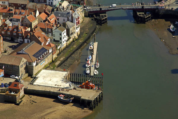 Whitby Outer Harbour Pier
