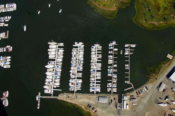 Harbor Lights Marina