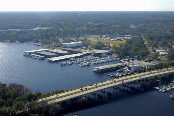 Lamb's Yacht Center Inc