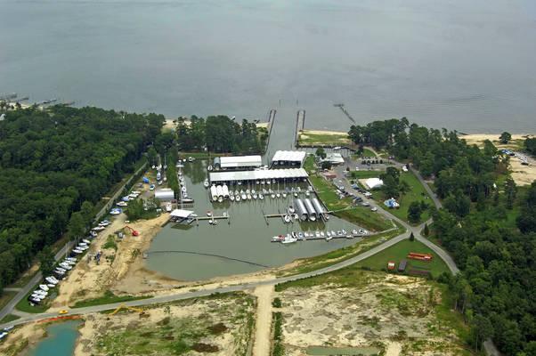 Coles Point Marina
