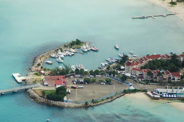 Yacht Harbor Marina