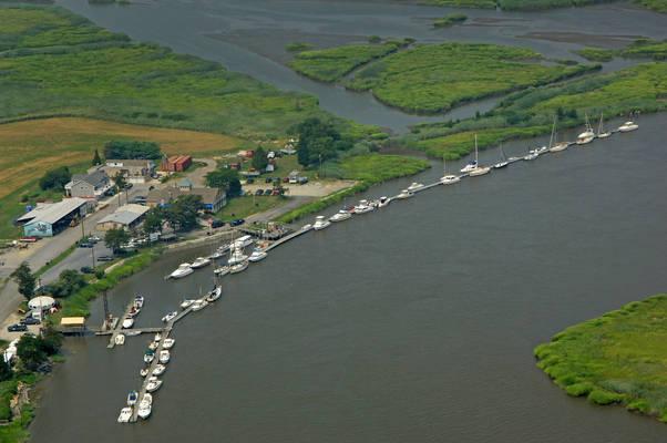 Hancock Harbor Marina
