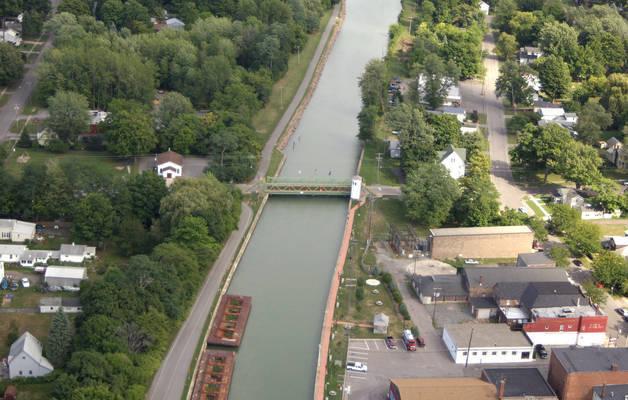 Main Street Lift Bridge