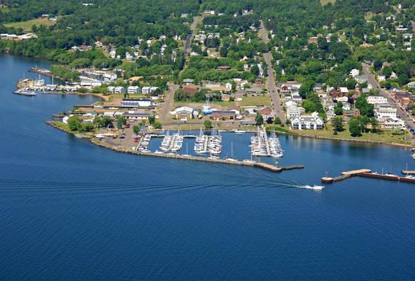 Apostle Islands Marina
