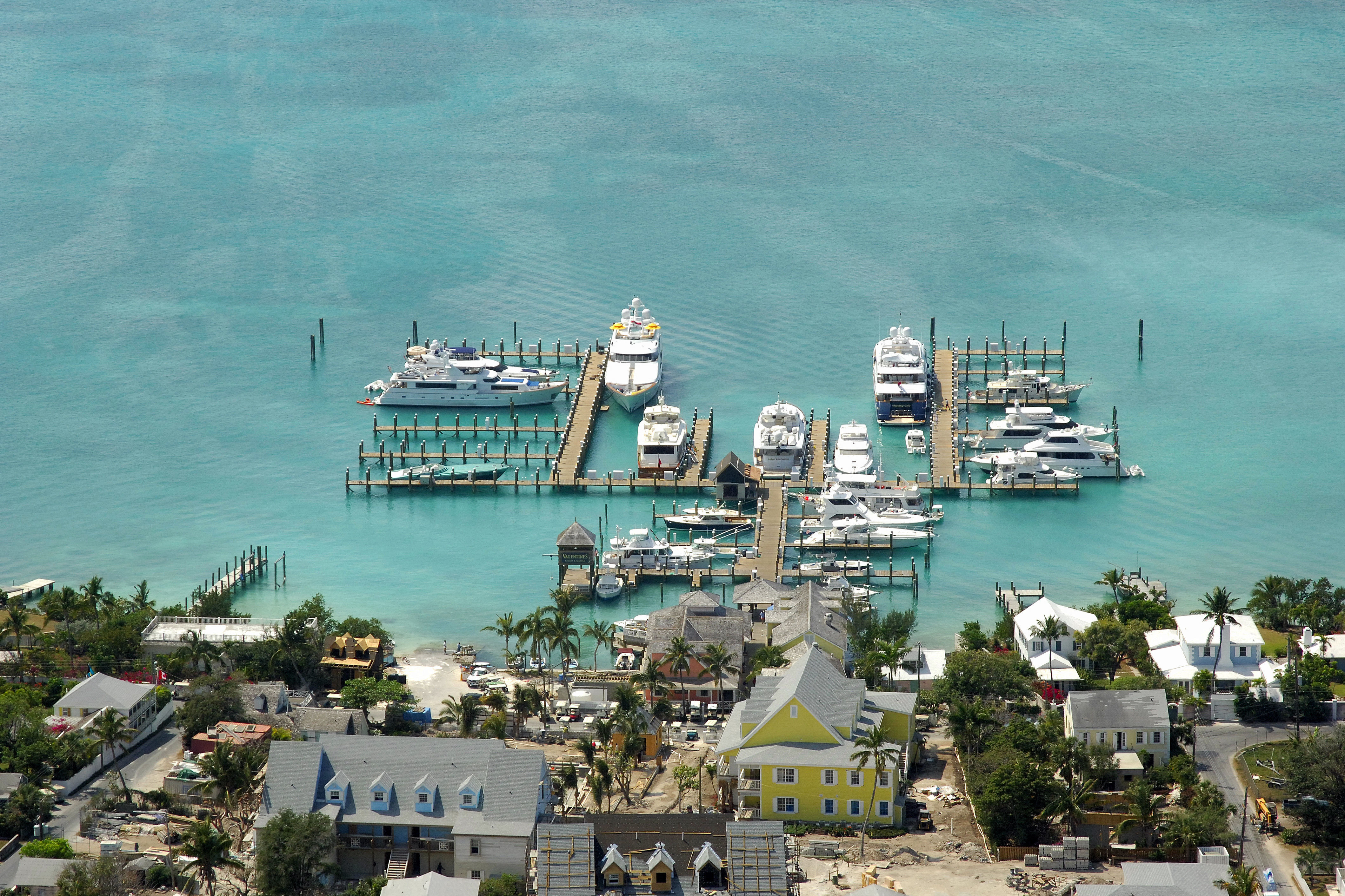 Valentines Harbour Island Reviews