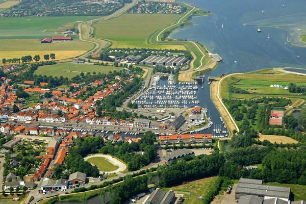 Brouwershaven Marina