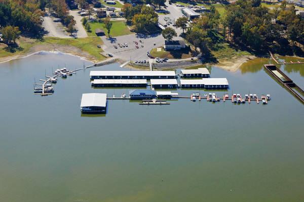 Buchanan Resort Marina