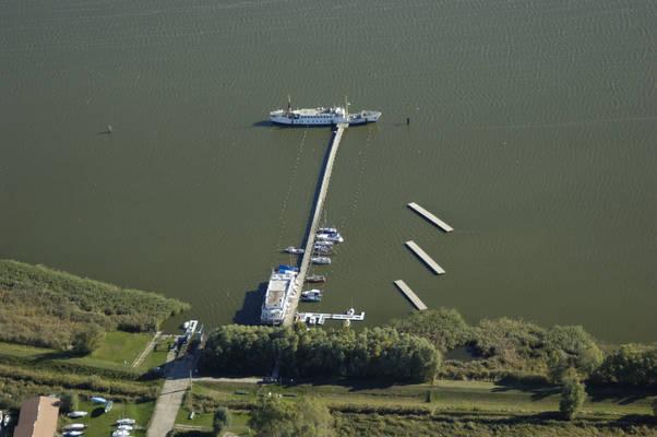 Netzelkow Harbour