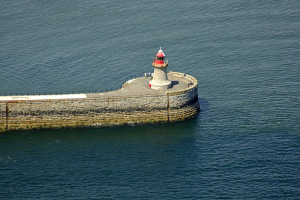 Tyne South Pier Head Light