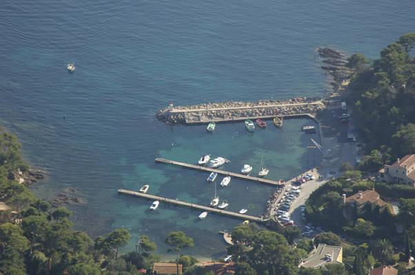 Port Du Niel Marina