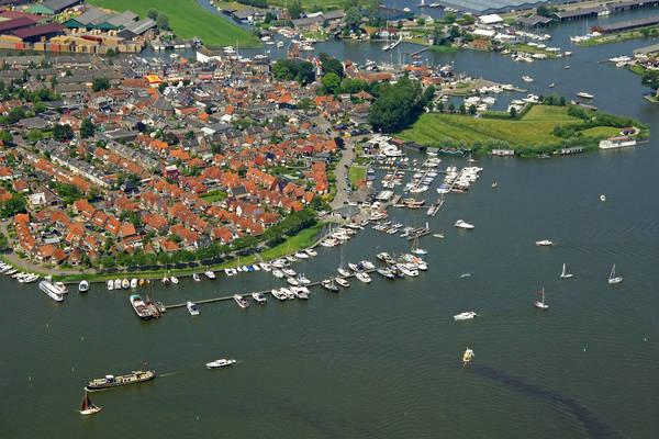 Grou Yacht Harbour