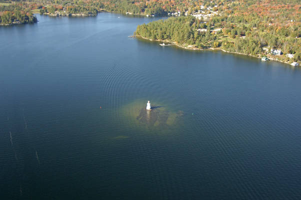 Rosseau Bay Light (Lighthouse Shoal Light)