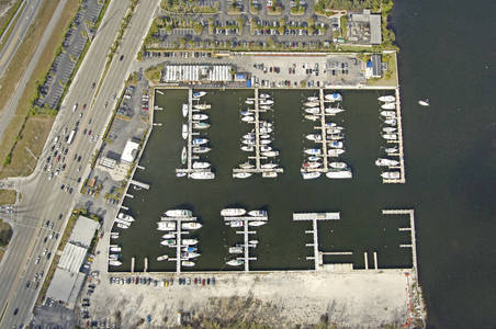 Loggerhead Club & Marina - North Miami Beach